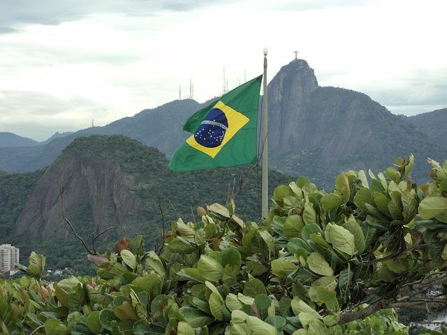 ブラジル国旗の意味 | 3つの色・星・文字の由来とは?