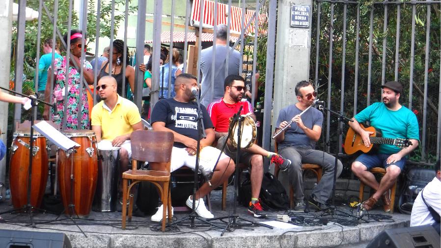 ブラジルのサンバとは?リオのカーニバルだけじゃない音楽と歴史