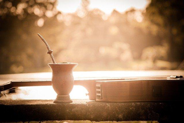 「飲むサラダ」マテ茶とは?健康にもたらす5つの効能とカフェイン量