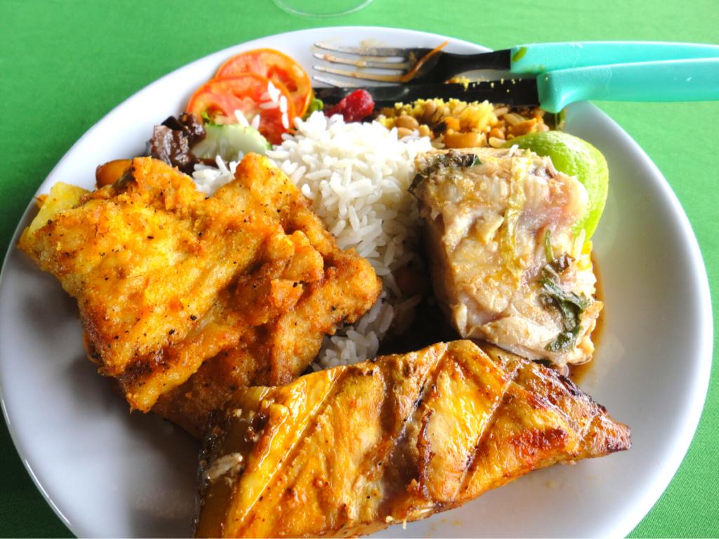 アマゾン川の巨大淡水魚「ピラルク」7つの特徴   食べると美味しいって本当?